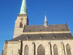 食後はプルゼニュ散策。 聖バルトロミェイ大聖堂。