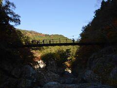 鳩ノ巣渓谷です。