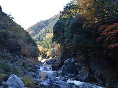 渓谷を感じます。