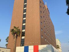 宮崎の宿はこちらも荷物を預けたときのアクセス重視で駅前のリッチモンドホテルです。