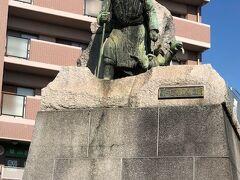 河口慧海の銅像