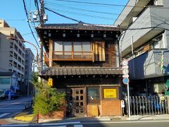 本日の朝ごはん会場、カヤバ珈琲です。予想以上に素敵な雰囲気。