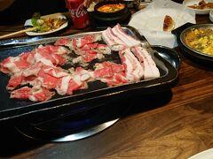 その日は現地在住の友人にMr. Kimchiという韓国料理屋へ連れて行ってもらいました。久しぶりの東洋食です。