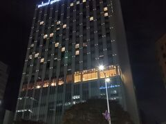 仙台まで戻ってレンタカーを返却しホテルへ。 三井ガーデンホテル仙台。 一休.comでGo Toトラベルキャンペーン利用して一泊6,000円ほど。一人3,000円だからお安い~