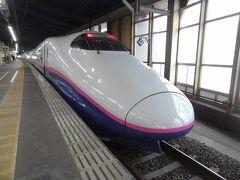 上越新幹線とき326号.東京行。 先発は、E2系のこの列車ですが‥