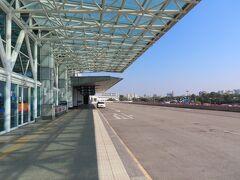 高雄国際空港 (KHH)  人気が全くありません