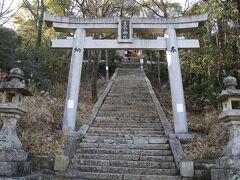 生石神社  大鳥居と参道石段