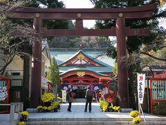 本丸跡の一角にある護国神社。