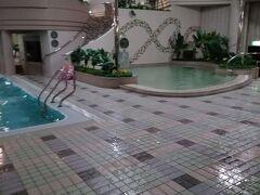 色んなタイプのプールがあって楽しいです!