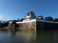 やってきたのは岸和田城。
