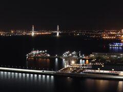 2611号室からの夜景。 Pier8のシティビューはガラガラっぽい。