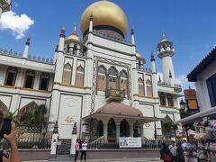 サルタンモスクに到着!