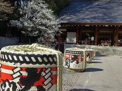 空襲により焼失した乃木神社は復興されたもの 樽はお正月気分?それともずっと?