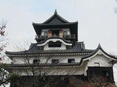 12月28日。愛知県犬山方面へ。旅行記が別にあります。 犬山城でスタンプ3つ目をGET。