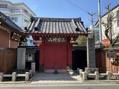 街道から少し外れたところにある勝専寺。 ここには閻魔様がいるそうで、1月と7月に見ることができるそうです。