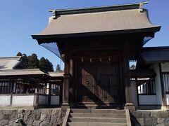 阿蘇駅から乗り換えて、阿蘇神社に来ました。