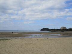 日本のウユニ塩湖 父母ヶ浜です。  そういえば、テレビで紹介されていたっけ! と、今更ながら気づく私です(-_-;)