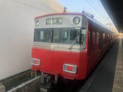 名鉄名古屋駅6時14分発河和駅行きに乗車。1時間ちょい揺られ、河和駅に7時22分着。
