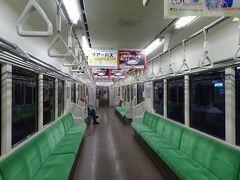 北越急行が少し遅れ(対向列車が強風の影響で遅延していたため)、直江津駅での乗り継ぎが危ぶまれましたが、えちごトキめき鉄道の列車が待ってくれていました。