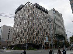 最終日は博多からの小旅行で柳川へ。 この旅行、博多に泊っているけど博多の観光はほとんどせずに周辺の観光地を巡る旅になっている…。 後輩とはホテルのロビーで待ち合わせ。 出来る後輩はもちろんちゃんと来ているのでそのまま朝ご飯ヘ。  この旅行記は↓ https://4travel.jp/travelogue/11677392 の続き。