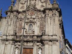 アズレージョだけでなく教会の建物自体も趣があります。