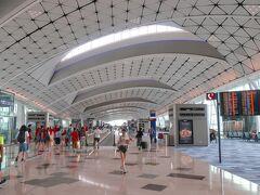香港国際空港ミッドフィールドコンコース