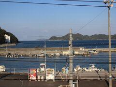 にちりん14号 15:00 津久見駅で、数分~停車しました。
