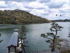 舘山寺温泉 ホテル九重の中にある、うなぎ専門店です。 浜名湖の景色を見ながら、のんびりゆっくり食事ができます。 温泉と組み合わせた、ランチプランもあります。  日曜日などに、温泉とうなぎのセットで、よく行きます。