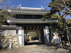 田原城址公園 桜門