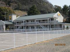 近くに宿泊施設「旅籠屋」があります。 車でりようするには便利な旅籠です