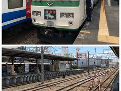 三島駅から東海道線に入ります。  ポイント切り替えでレールが伊豆箱根鉄道線につながっているのがお分かり頂けると思います。  三島のホームでJRからの渡し線ポイント付近は、踊り子先頭車両が当たるので、少しホームを削ってあります。(弟談) 言われて見れば少しえぐれてますね。