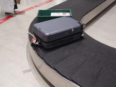 あっという間に福岡空港に到着です。 荷物が一番最初に出てきました。 ラッキーです。