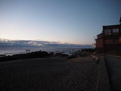 朝6時過ぎころに大洗海岸に到着しました。