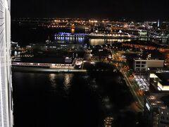 Pier8のシティビューは真っ暗。