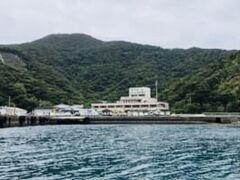 瀬相港へ近づく。