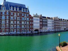 ハウステンボスの街並みを眺めながら運河に囲まれたホテルヨーロッパに到着しました。  美しい...