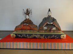 磯矢邸の展示 夫婦雛(京雛)