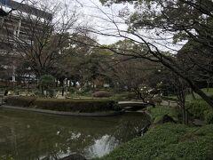 横浜公園は