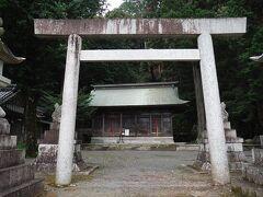 湯葉神社に立ち寄る。