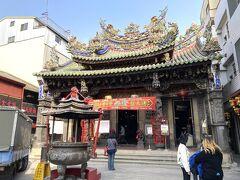 その後、1715年創建の嘉義城隍廟へ。好きな廟の1つ。