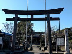 三光稲荷神社のすくそばに、犬山神社もありました。こちらは、ひっそりとした佇まい。
