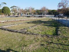 そしてこの長崎刑務所浦上刑務支所跡は爆心地に最も近い公共の建物だったという。 今はこの遺構が残るだけのこの場所に鉄筋コンクリートの塀と木造庁舎は原爆が落とされた時に焼失。 当時ここにいた職員、収容者134名は全員即死だったという。 原爆の恐ろしさを今に伝える場所。