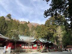 階段を上って、箱根神社の本殿。