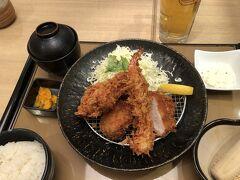 梅田大丸 14階 夕食に お客さん 少ない とんかつ料理と京野菜 たづむら