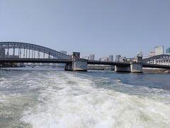 勝鬨橋 以前、勝鬨橋の地下を見学しました