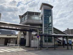 1時間ほどで静岡着。快速は焼津駅を通過したので静岡駅で折り返して到着。