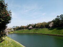 暖かい春風がとても気持ちいいです。
