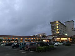 7時半に朝食にすると言うので、それまでに戻れるように6時半ごろホテルを出発しました。