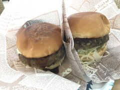 娘が石垣牛ハンバーガーが食べたいと言うので、ミルミルへ。