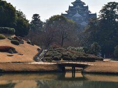 岡山城 後楽園から望む岡山城。